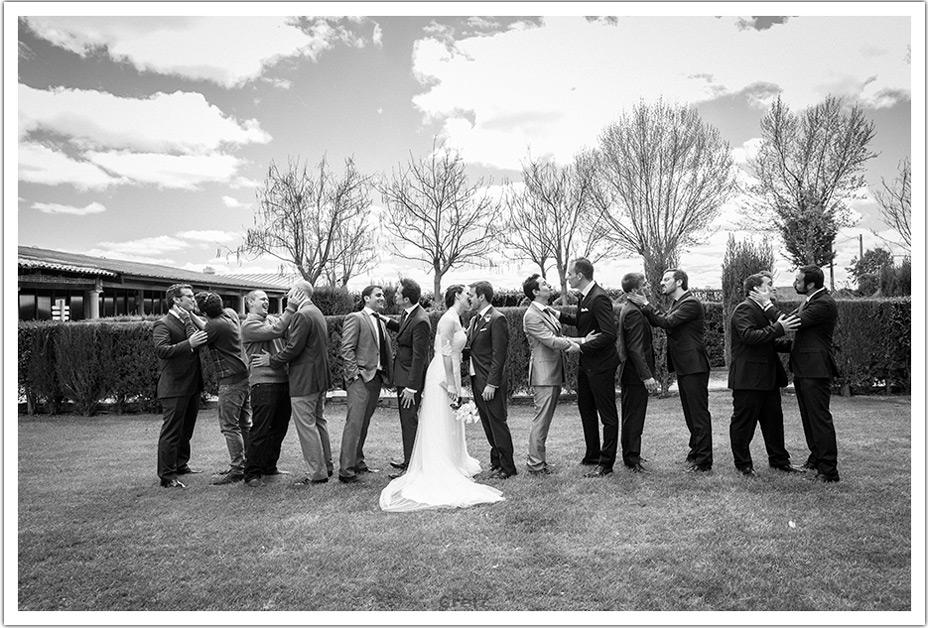 fotografos-boda-valladolid-marcos-greiz-besos