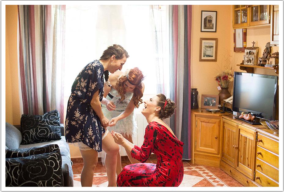 fotografos-boda-valladolid-marcos-greiz-novia-amigas