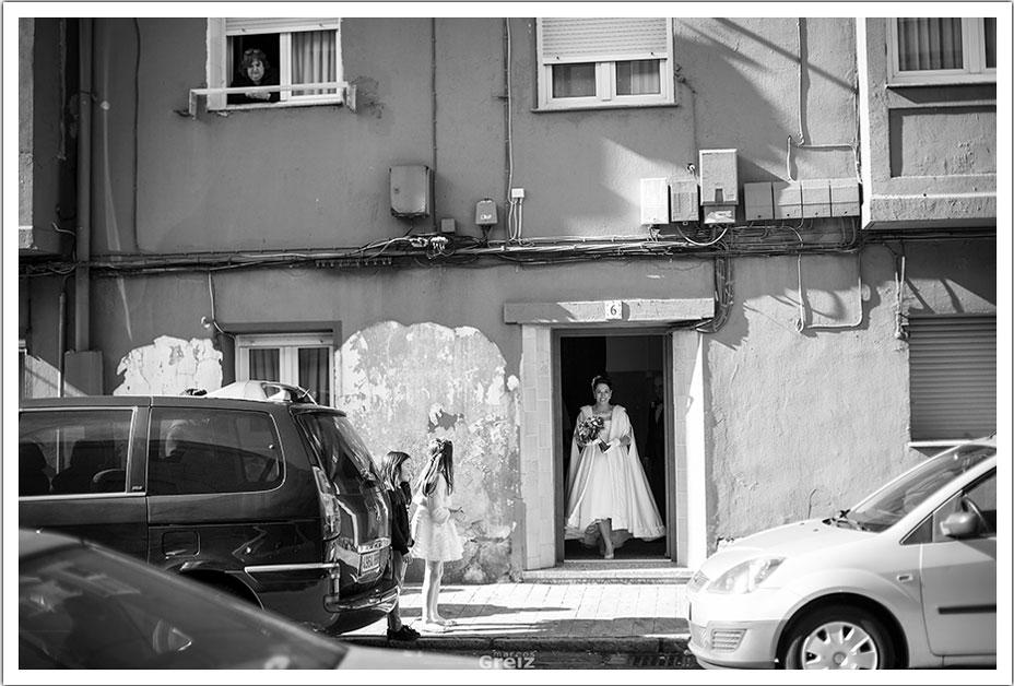fotografos-bodas-santander-rya-novia-salida