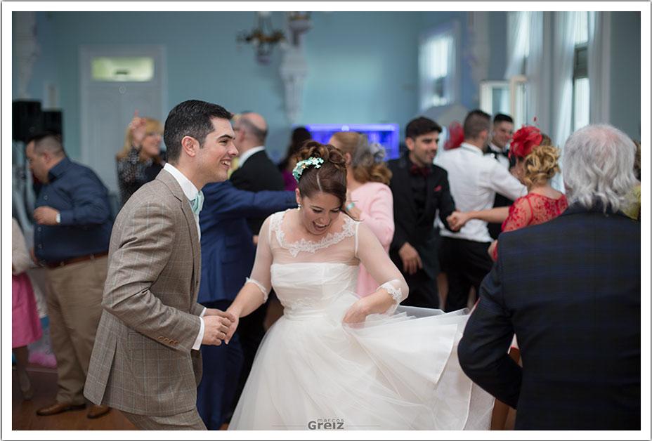 fotografos-bodas-santander-rya-novios-bailar