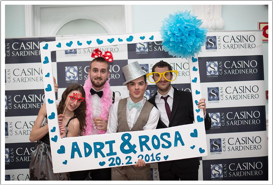 fotografos-bodas-santander-rya-photocall-amigos