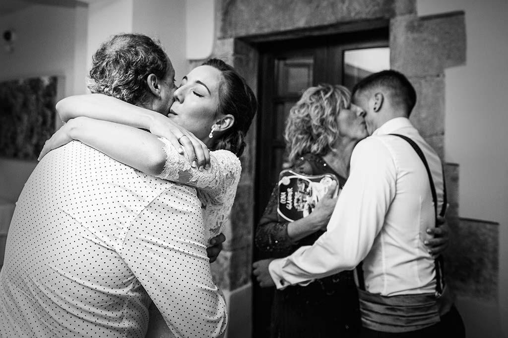 fotos de boda solares abrazos tios