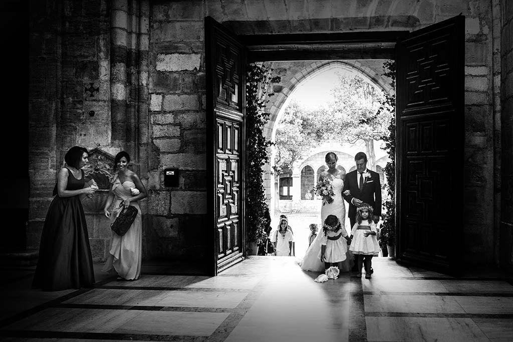 Fotos de bodas Santander Diana y Javier entrada
