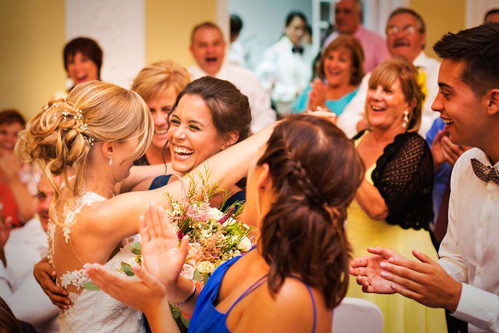 Fotos de bodas Santander Diana y Javier ramo hermana
