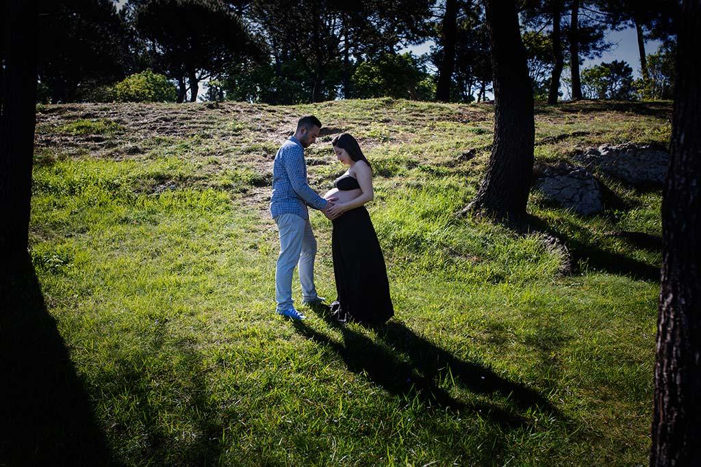 fotos de embarazadas exteriores bosque