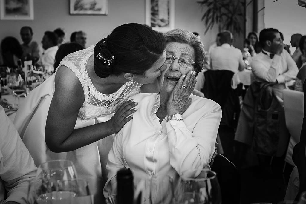 fotografo bodas Laredo Cantabria abuela emocion