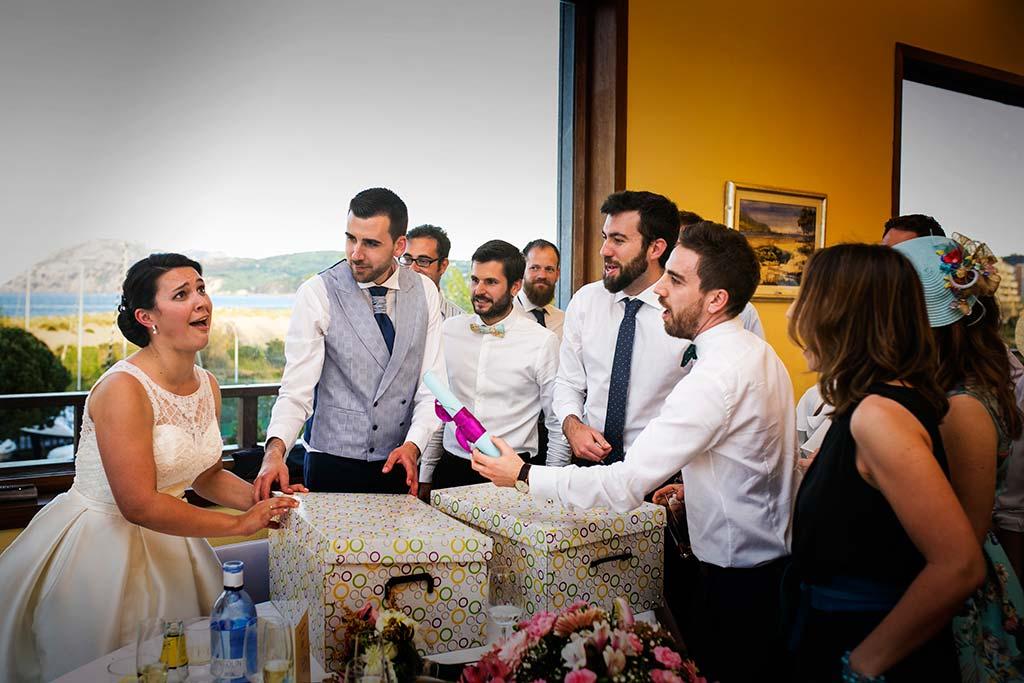 fotografo bodas Laredo Cantabria regalitos