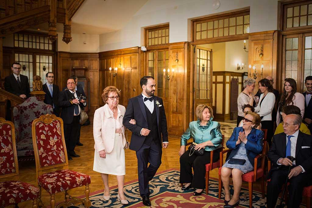 fotografo de bodas Santander Maria y Angel entrada novio