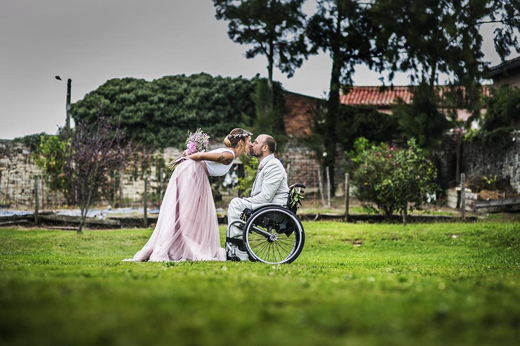 fotógrafo de bodas Cantabria besos novios