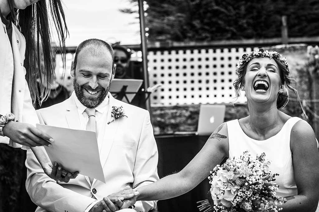 fotógrafo de bodas Cantabria carcajada