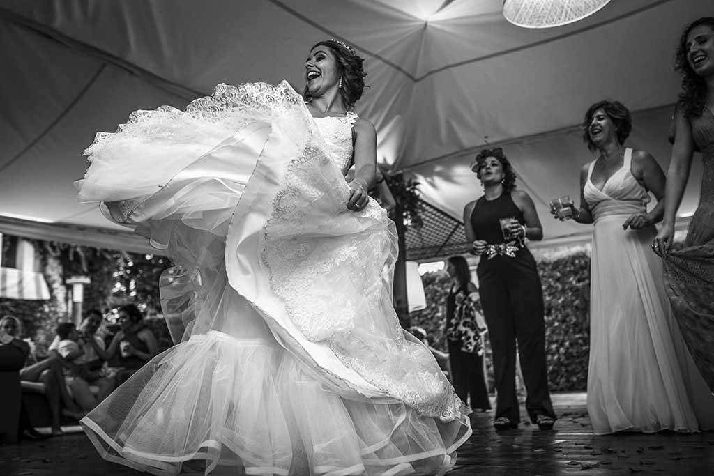 fotografo bodas Cantabria Andrea y Samuel novia baile
