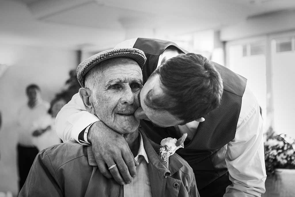 fotógrafo de bodas Cantabria Sara y Luis abuelo