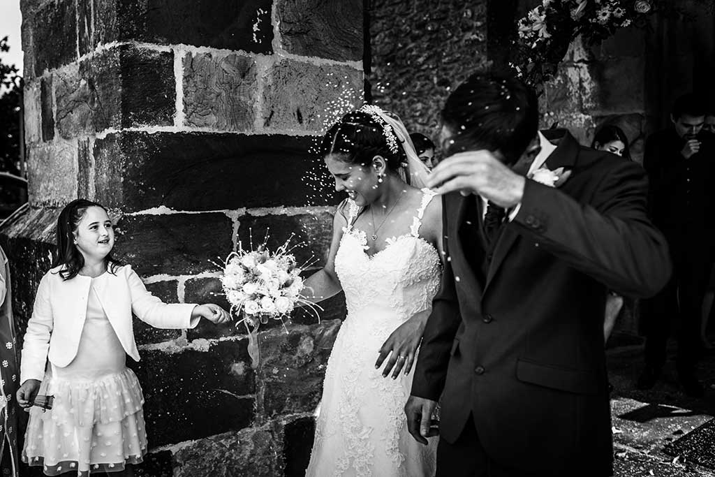 fotógrafo de bodas Cantabria Sara y Luis arroz peque