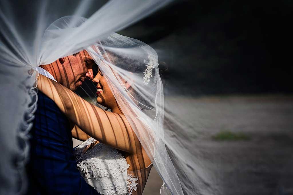 fotógrafo de bodas Cantabria Sara y Luis velo novios