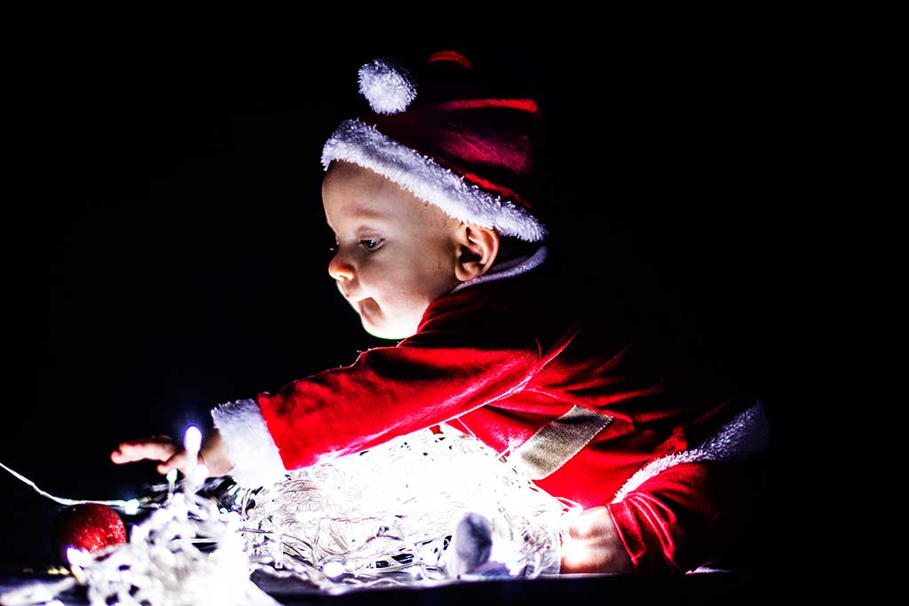 fotos de bebes navidad Marcos Greiz Enzo luces y bolas