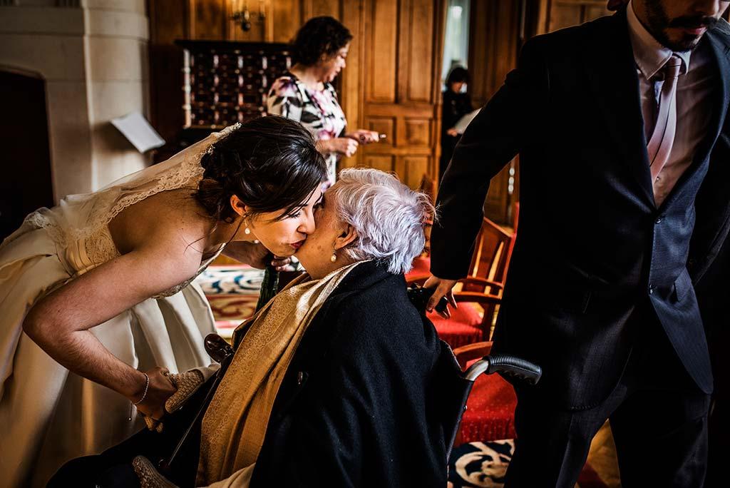 fotografo de bodas en Cantabria Maria y Borja abuela
