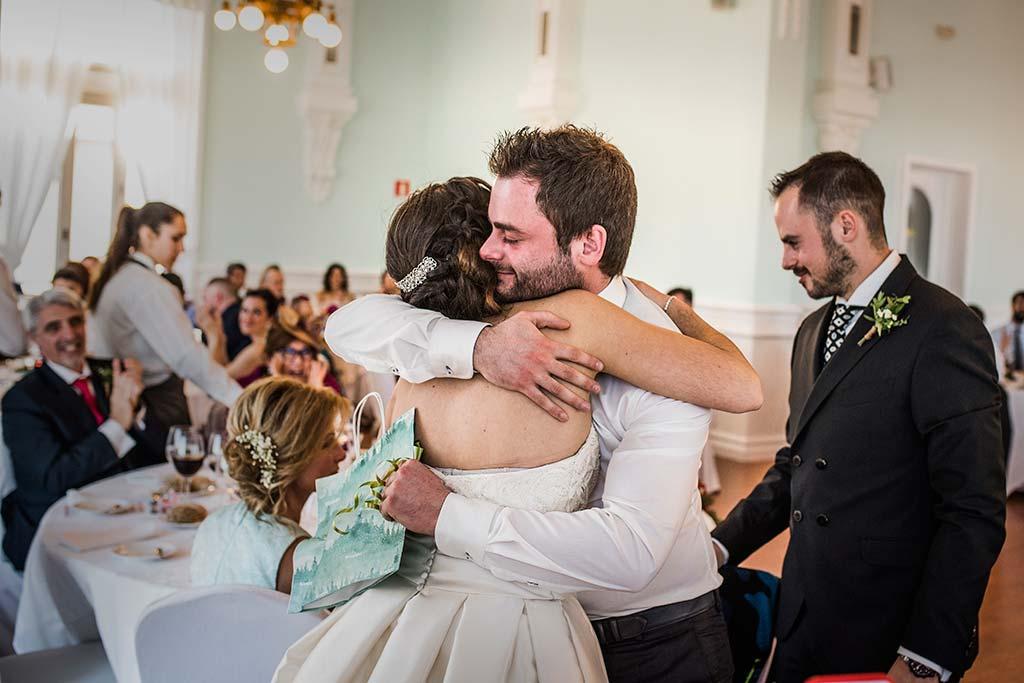 fotografo de bodas en Cantabria Maria y Borja hermano novio