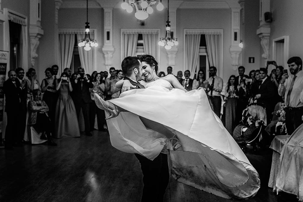 fotografo de bodas en Cantabria Maria y Borja vuelo