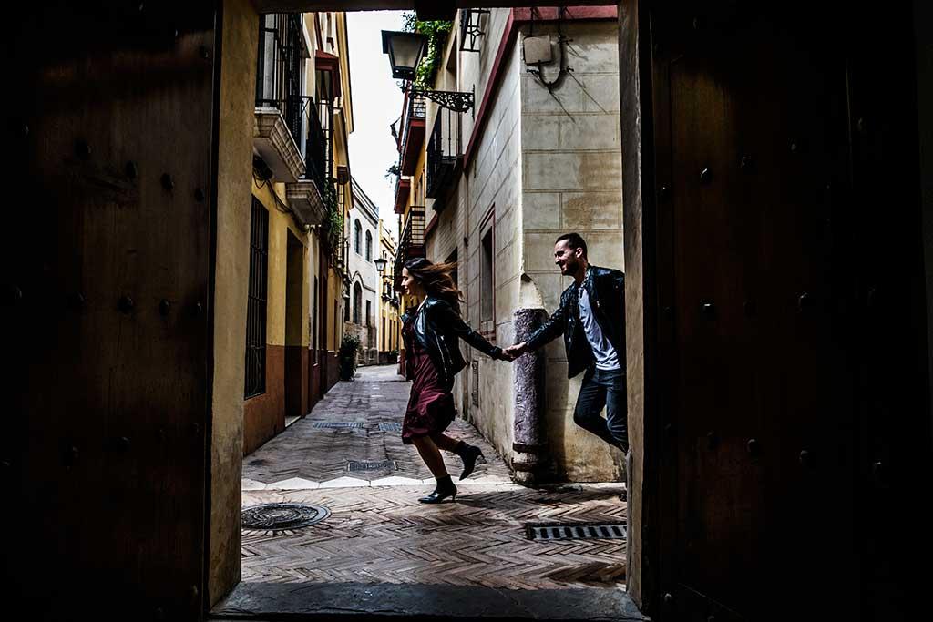 Fotógrafo de bodas Sevilla Marcos Greiz puerta