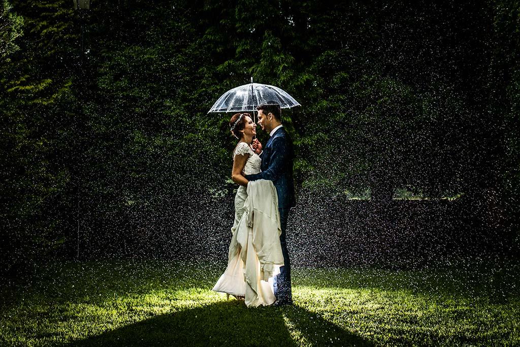Fotógrafo de bodas Cantabria Marcos Greiz Rebeca y Pablo lluvia