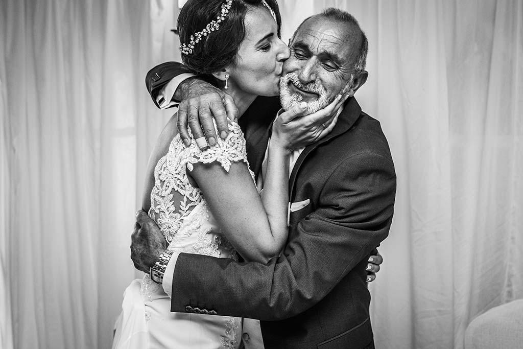 Fotógrafo de bodas Cantabria Marcos Greiz Rebeca y Pablo emocion padrino