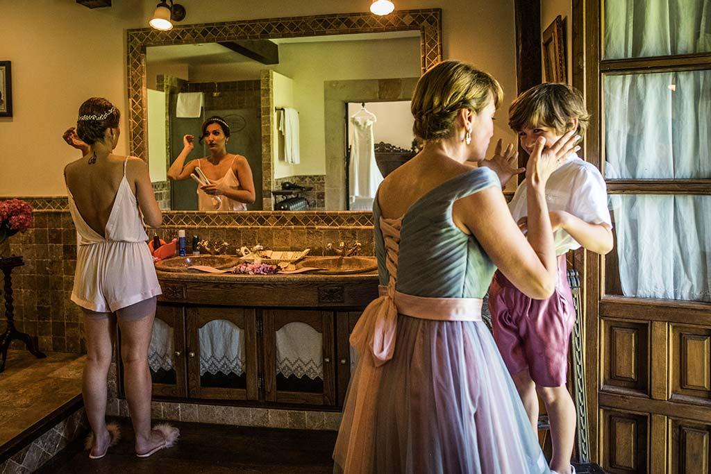Fotógrafo de bodas Cantabria Marcos Greiz Rebeca y Pablo preparativos novia