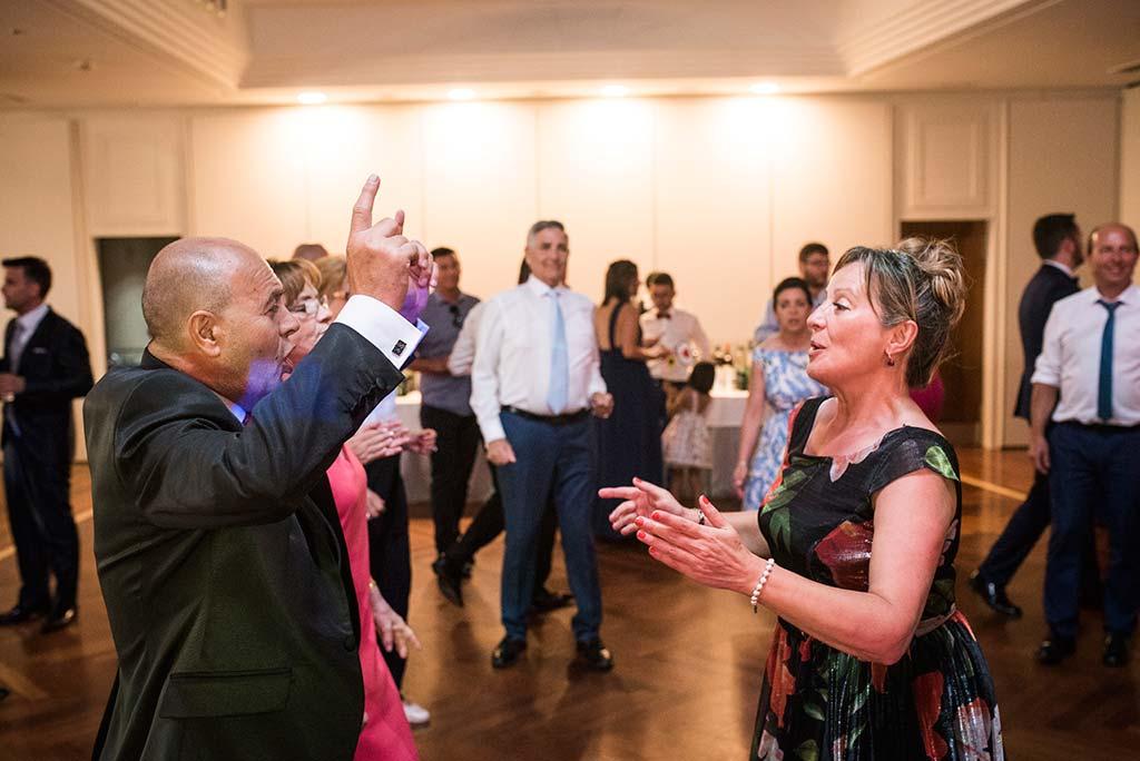 fotografo de bodas Santander Marcos-Greiz Cecilia y Saúl fiesta papa