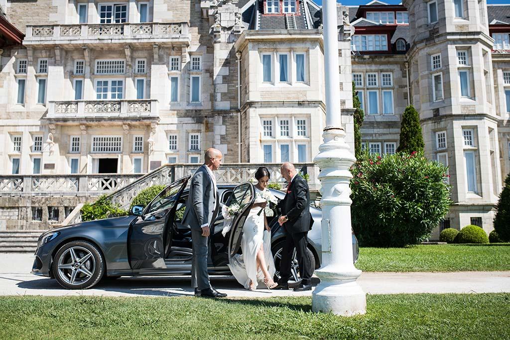 fotografo de bodas Santander Marcos-Greiz Cecilia y Saúl coche novia
