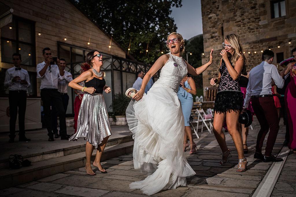 Fotografos de boda Cantabria Maria Aaron Marcos Greiz fiesta amigas