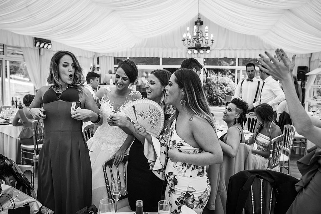 fotógrafo de bodas Santander Marcos Greiz Maria y Javi amigas
