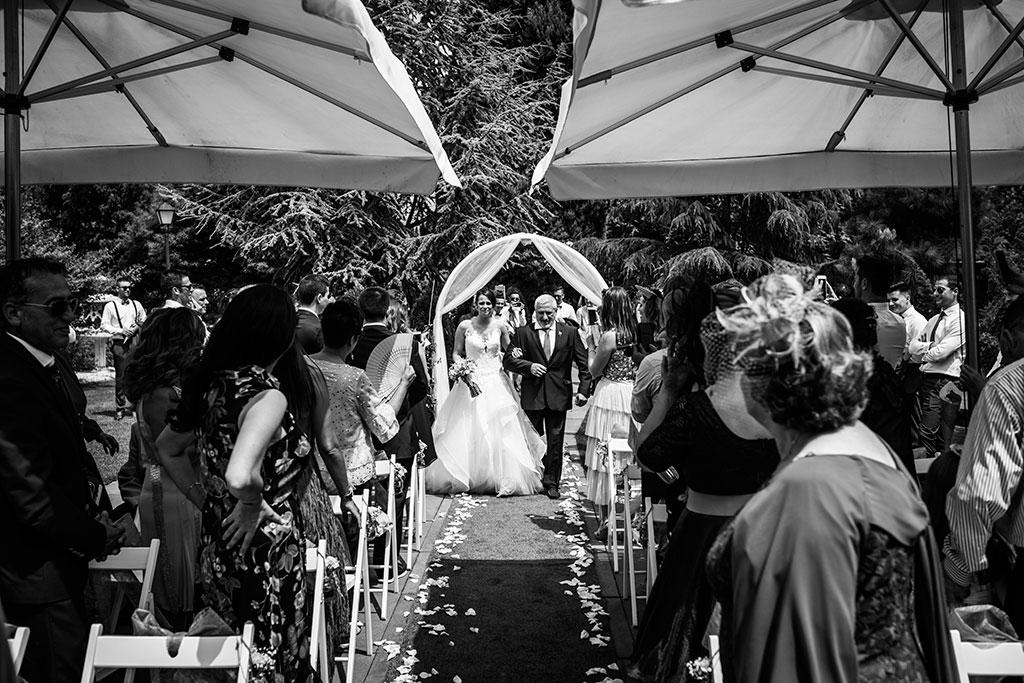 fotógrafo de bodas Santander Marcos Greiz Maria y Javi entrada novia