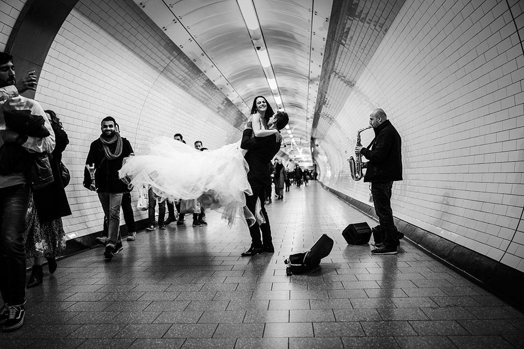 fotógrafo de bodas Santander Marcos Greiz Maria y Javi metro Londres