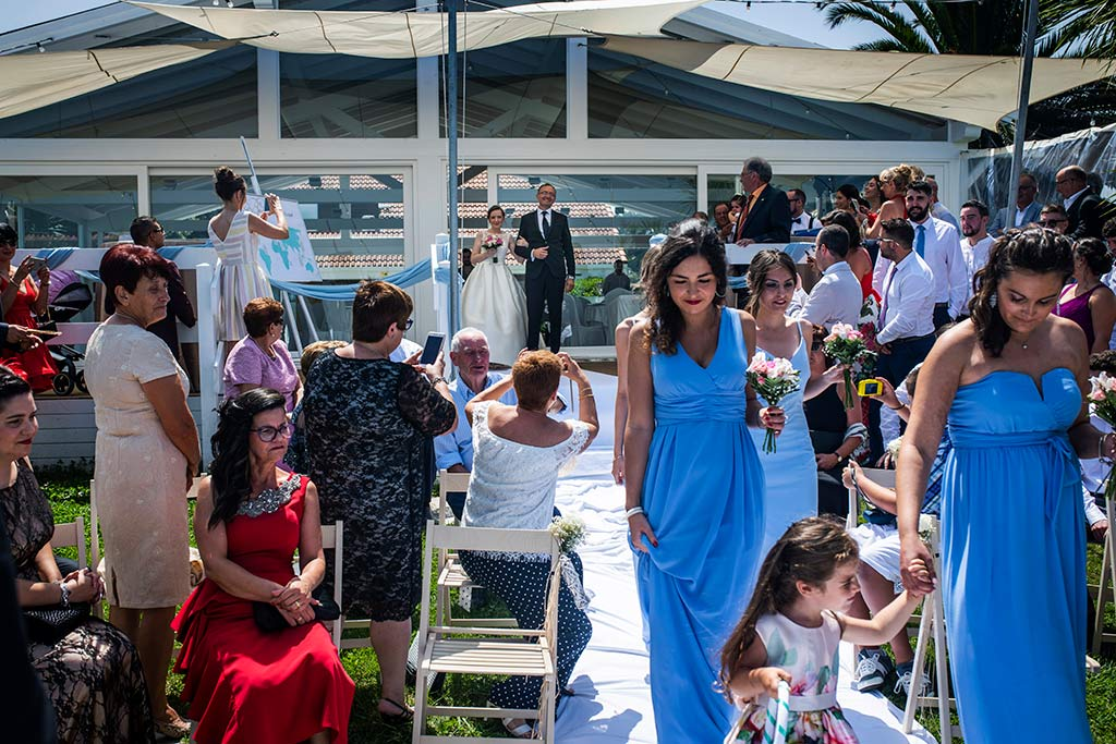 fotografo bodas Santander Magy Ivan entrada novia