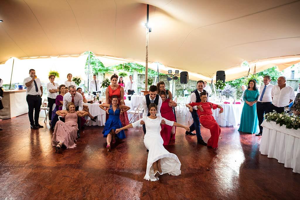 fotógrafo de bodas Cantabria Ana y Mario baile