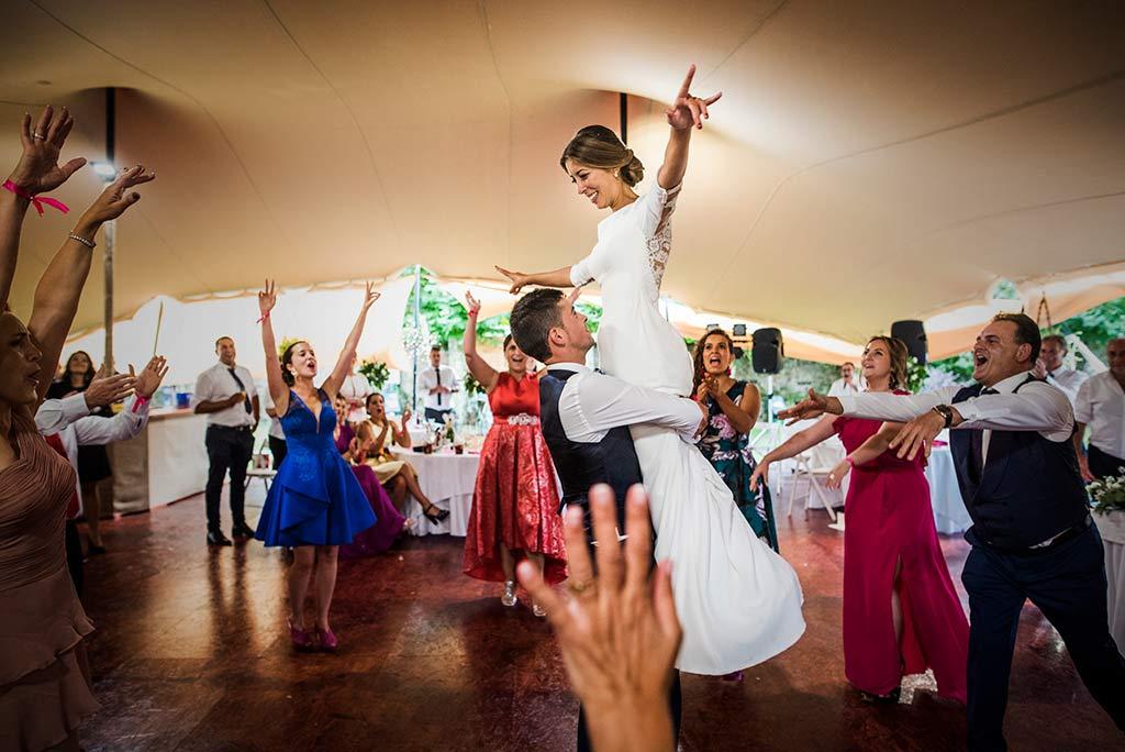 fotógrafo de bodas Cantabria Ana y Mario nupcial baile