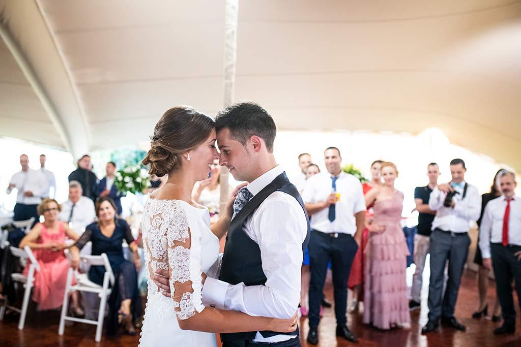fotógrafo de bodas Cantabria Ana y Mario primer baile