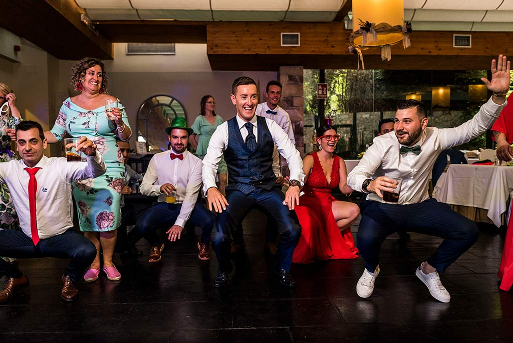 Fotógrafo de bodas Cantabria Marcos Greiz, Katia y Sergio abajo