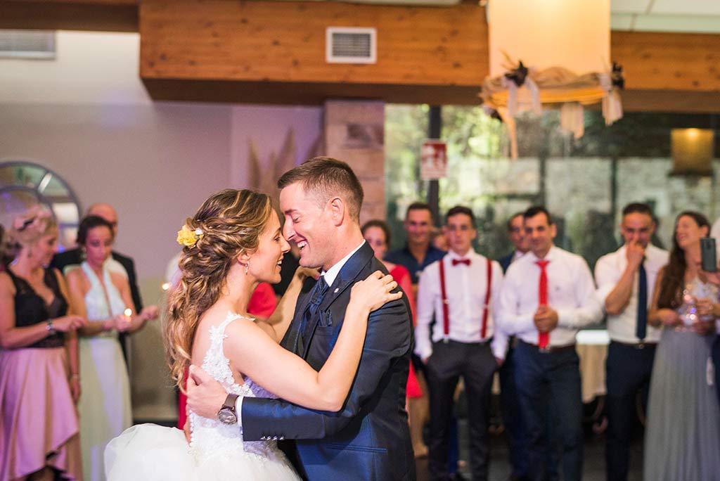 Fotógrafo de bodas Cantabria Marcos Greiz, Katia y Sergio primer baile