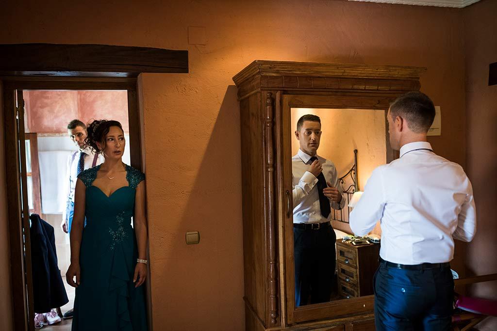Fotógrafo de bodas Cantabria Marcos Greiz, Katia y Sergio corbata