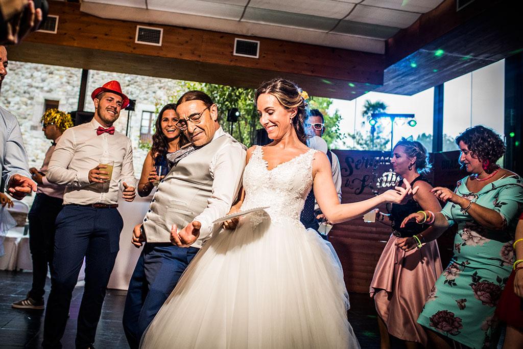 Fotógrafo de bodas Cantabria Marcos Greiz, Katia y Sergio fiesta