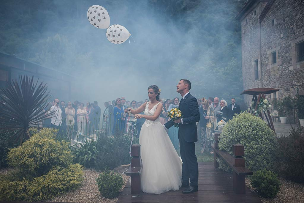 Fotógrafo de bodas Cantabria Marcos Greiz, Katia y Sergio globos