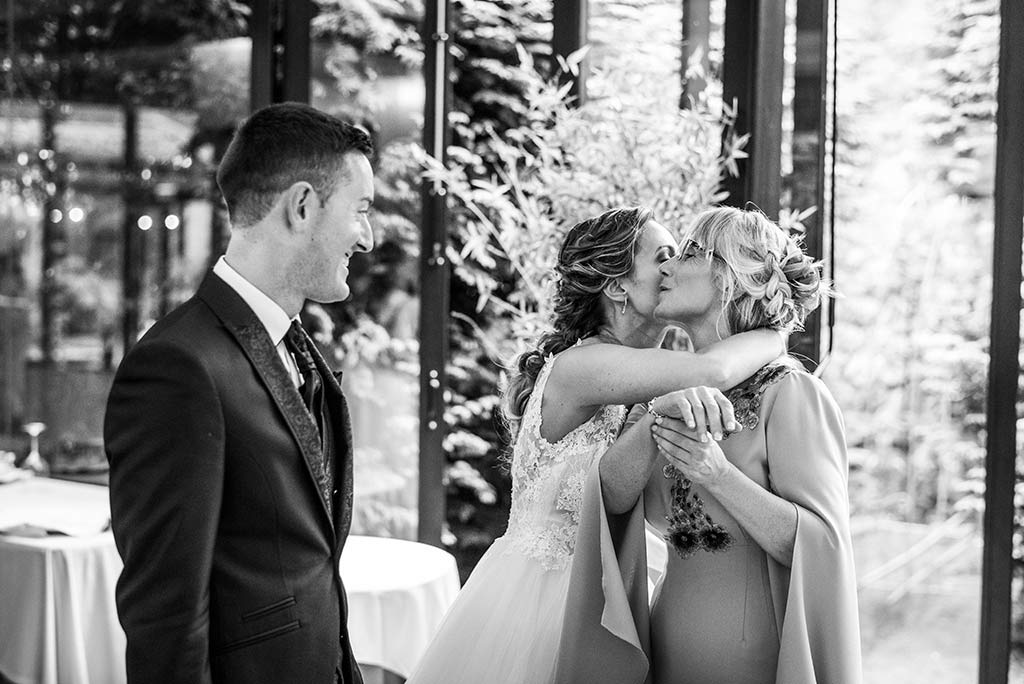 Fotógrafo de bodas Cantabria Marcos Greiz, Katia y Sergio mamá