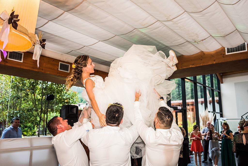 Fotógrafo de bodas Cantabria Marcos Greiz, Katia y Sergio manteo novia