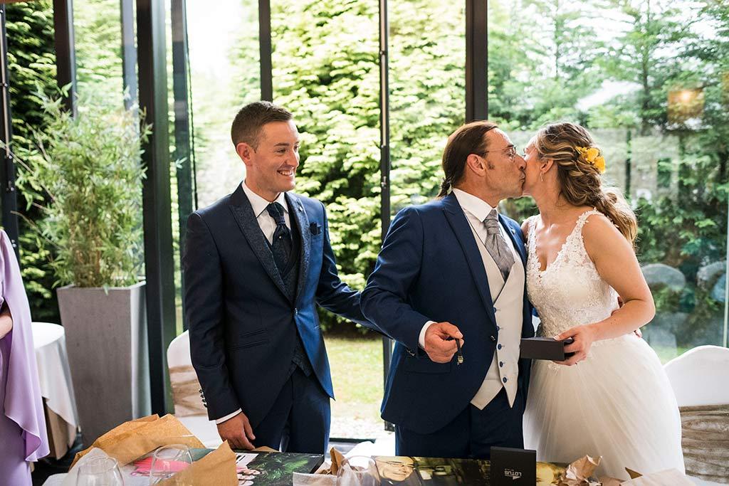 Fotógrafo de bodas Cantabria Marcos Greiz, Katia y Sergio papá