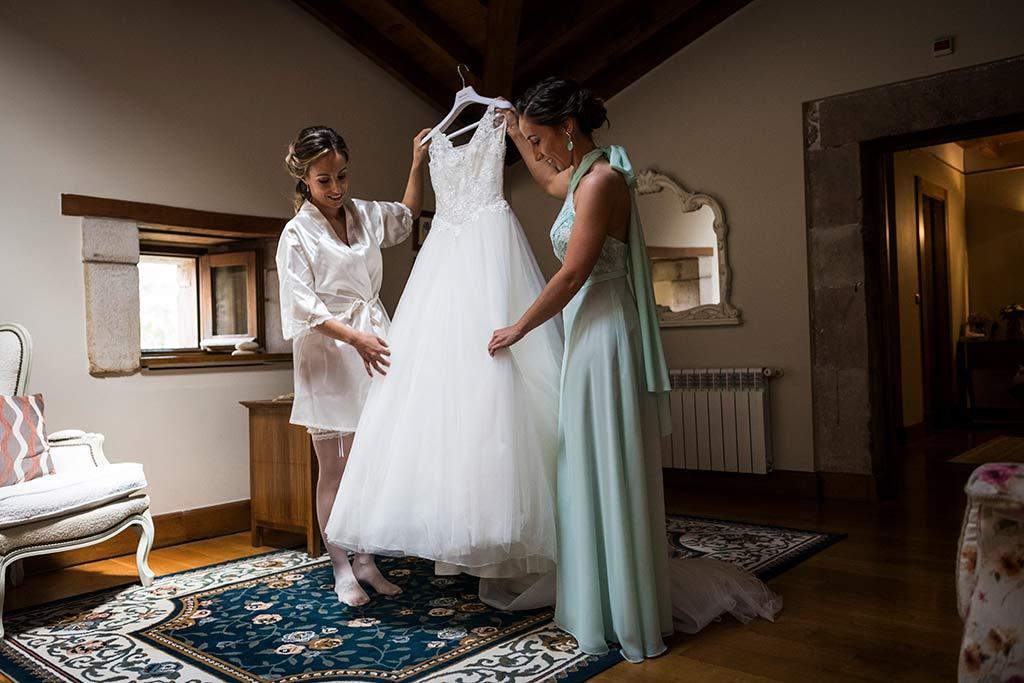 Fotógrafo de bodas Cantabria Marcos Greiz, Katia y Sergio vestido novia