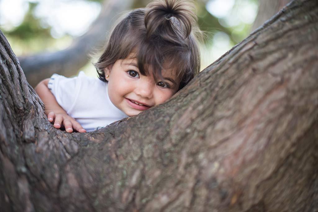 fotos de niños Santander Marcos Greiz Lia arbol