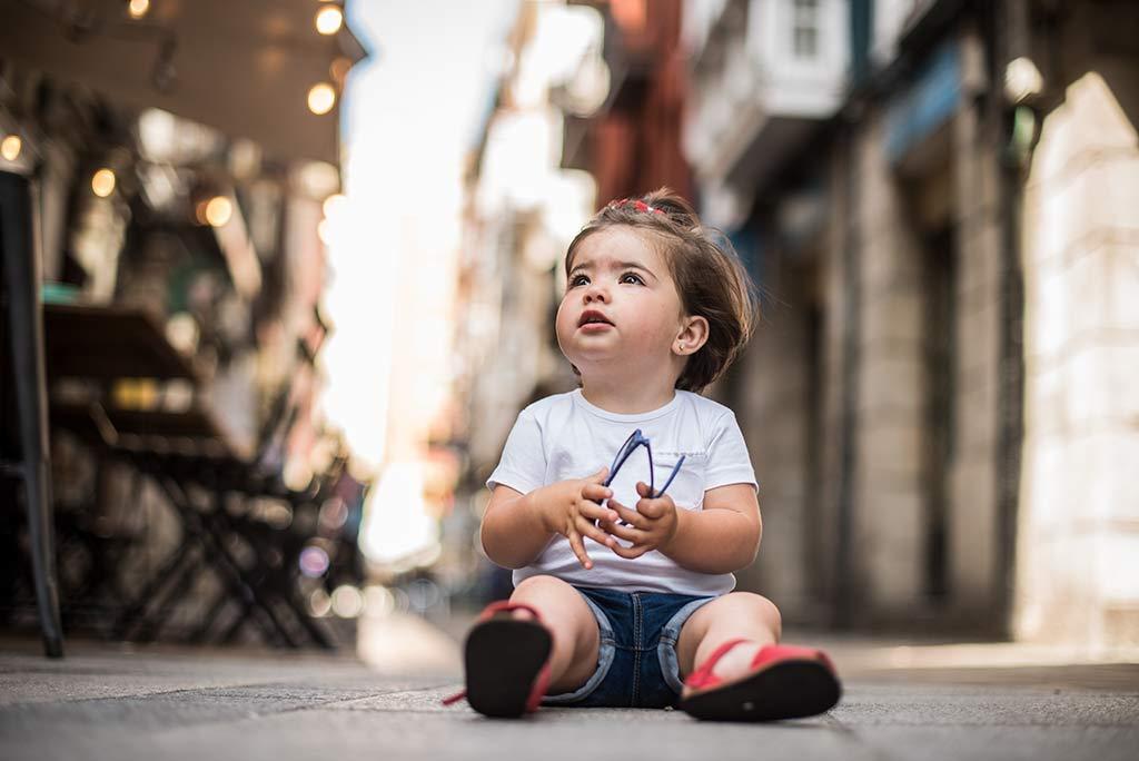 fotos de niños Santander Marcos Greiz Lia suelo