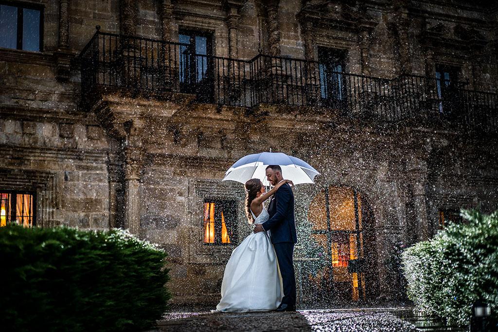 Fotógrafo de bodas Cantabria Marcos Greiz lluvia
