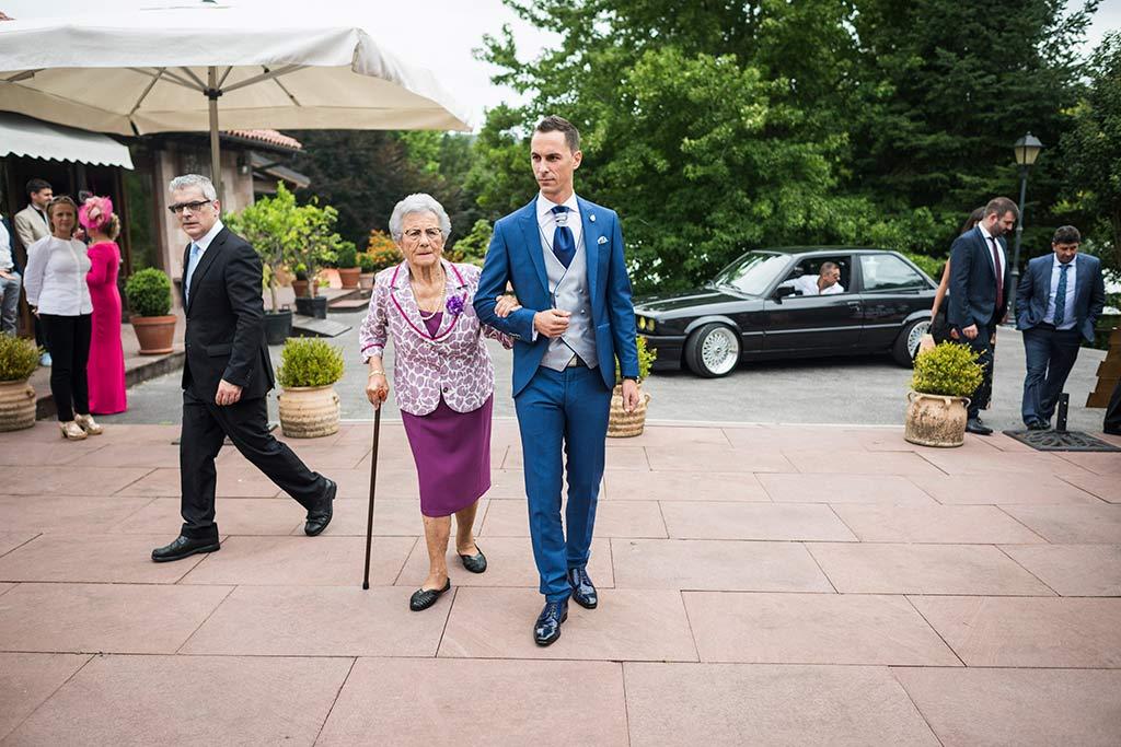 Fotógrafo de bodas Cantabria Marcos Greiz Isa Jose abuelita