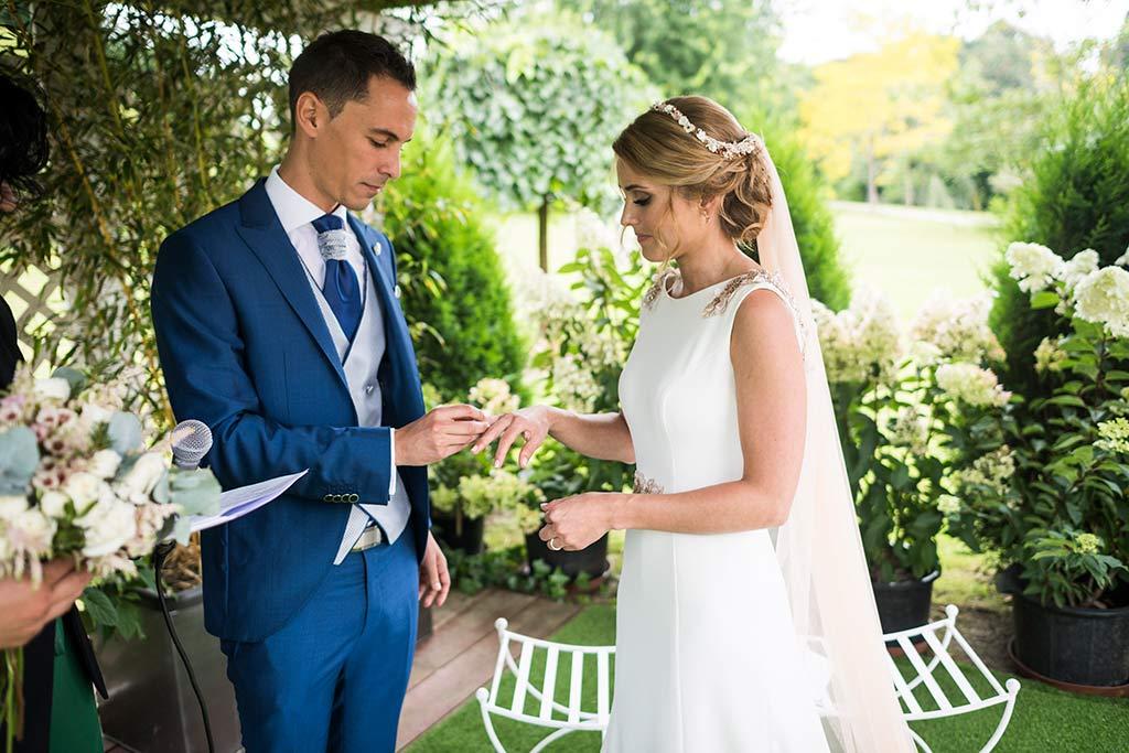 Fotógrafo de bodas Cantabria Marcos Greiz Isa Jose anillos
